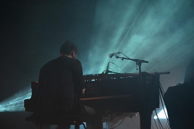 【News】フランス発、聴覚障害のある子供に寄付できる「無音」の音楽アルバム